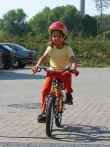 Child on cycle